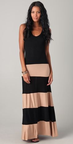 This maxi dress is a mayz maze