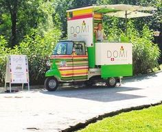 Ape Piaggio Domi gelato. www.vsveicolispeciali.com #vsveicolispeciali #veicolispeciali #apepiaggio #fiat500 #streetfood #torino #foodtruck #trailers #cibodistrada #rimorchio