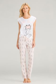 "women'secret | Productos | Pijama largo ""C´est la vie"" de Garfield en algodón"