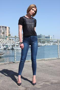 #J Brand 23127 Stocking Alana Cropped Jeans in Varnished Ultra Blue @Denimology