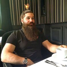 #beard #beardlife #beardlove #beardlover #beardstyle #frenchbeard #barber #barbershop #barberlove #barberlife #barberstyle #theoldschoolbarbershop #frenchbarber #hair #haircut #reuzel #fitforvikings #barbu #barbe #frenchbarbu #frenchbarbe #francais #francaisbarbu #barbestyle #moustache #jamaissansmabarbe #taunproblemeavecmabarbetuasquavenirlatondre #galvanized #redpill #pilulerougepilulebleu