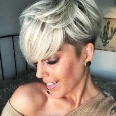 Super new haircuts for season: the TOP 7 of trends for different hair lengths - 2020 Hair Trends - Short Pixie Haircuts, New Haircuts, Short Hair Lengths, Short Hair Cuts, Popular Hairstyles, Messy Hairstyles, Hairstyles 2018, Medium Hair Styles, Short Hair Styles