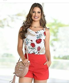 Pin by Edwin Adrian on outfit joha in 2019 Cute Summer Outfits, Classy Outfits, Boho Outfits, Casual Outfits, Top Model Fashion, Look Fashion, Girl Fashion, Shorts Outfits Women, Short Outfits
