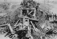 old_train_crash-1800s.gif