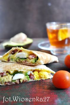 Quesadillas z jajkiem i awokado