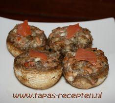 Tapas Recepten ~ Tapas en Kleine hapjes voor elke feestelijke gelegenheid » Champignons gevuld met geitenkaas en zalm