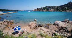 Tripudio di colori alla spiaggia di Spalmatore nell'isola della Maddalena  The colorful Spalmatore beach in La Maddalena island  #Italy, #Sardinia, #Sardegna, #LaMaddalena