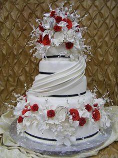Striking. By Konditor Meister Elegant Wedding Cakes.