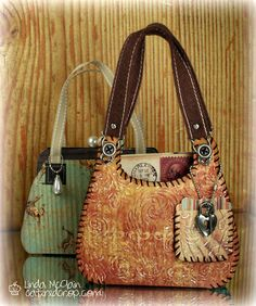 This is over the top amazing!!! Western swinging Paper Purses!  @Linda McClain