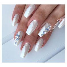 White chrome nails