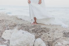 AnDphotography D+L wedding story #andphotography #weddingphotographer #wedding #weddinglocation #sea #sunset #beach #beautifulbride #barefoot