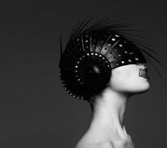 I saw this helmet in a dream last night.... Design folder or Kink? Either way I love it...