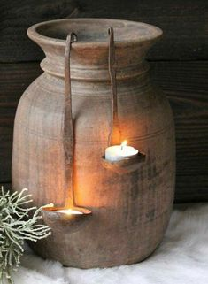 I love the old ladles to keep candles. - Autumn deco - I love the old ladles to keep candles. Hanging Candles, Diy Candles, Candle Decorations, Rustic Decor, Farmhouse Decor, Wabi Sabi, Garden Art, Primitive, Fountain