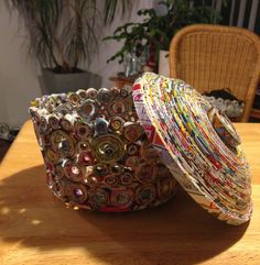 how to make recycled newspaper bowl