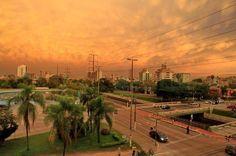 Amanhecer em Porto Alegre, RS, Brasil