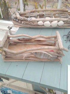 Driftwood Art DIY-Treibholz-Box-Ideen - MeCraftsman A Brief History of Wedgwoo Driftwood Wreath, Driftwood Projects, Driftwood Art, Beach Canvas Wall Art, Beach Wall Decor, Pin On, Cool Woodworking Projects, Frame Crafts, Beach Crafts