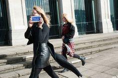 Reserva el Keep your distance en moda operandi con un depósito de $725.  Cuando preparaba el post de las carteras más vistas en el street style de las fash