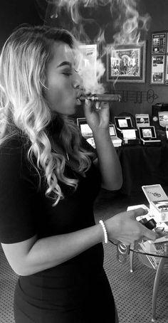 sex-the-sexyest-girl-cigar-smokers-nude-pics-teen-sticky-girlfriend