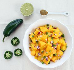 Mango Salsa combines the sweetness of mango with the tartness of fresh lime juice and the warmth of cumin and jalapeno. Quick and easy, too! Yummy Appetizers, Appetizers For Party, Appetizer Recipes, Spicy Salsa, Mango Salsa, Chipotle, New Recipes, Vegan Recipes, Favorite Recipes