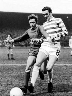 Connelly in action against Aberdeen 1970