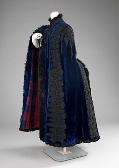 Evening Cape    Emile Pingat, 1885-1889    The Metropolitan Museum of Art