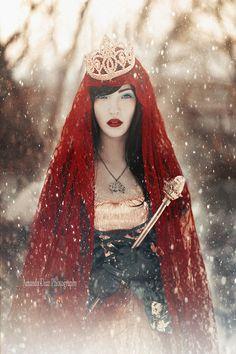 Snow White II by *Amanda-Diaz on deviantART