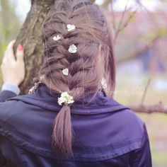 nice braids....heads up, this post is in hungarian lol