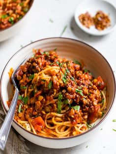 This simple Lentil Bolognese recipe is a fast weeknight-meal which just so happens to be vegan and gluten-free. It is full of taste and a fantastic way to switch up pasta, also it comes together in under thirty minutes! Vegan Burrito, Rice Recipes, Vegetarian Recipes, Vegan Meals, Vegetarian Mexican, Vegetarian Options, Vegan Dishes, Healthy Options, Healthy Meals