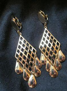 "Vintage 1970s Chandelier Earrings clip on dangle shiny  Gold tone 2"" #Fashion #Vintage #DropDangle"