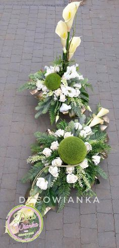 Church Flower Arrangements, Beautiful Flower Arrangements, Most Beautiful Flowers, Floral Arrangements, Grave Decorations, Flower Decorations, Romantic Home Decor, Funeral Flowers, Arte Floral