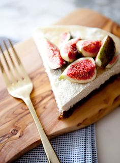 salted honey & fig cheesecake - light & delish!