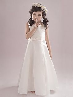 Sleeveless Satin A Line Flower Girl Dress with Bow in Ivory - AUD AU$65.96