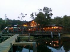 Clark's Fish Camp is a really unique and fun place to eat in Jacksonville, Fl.