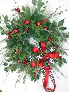 Christmas Wreath, Holiday Wreath, Wreath with Bells, Winter Wreath by HeatherKnollDesigns on Etsy