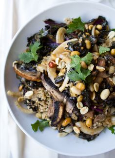 mushroom kale rice bowl. hearty and delicious