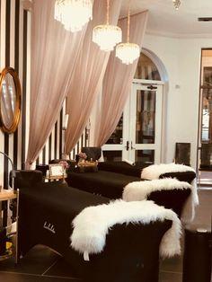 Beauty salon interior, nail salon decor, beauty salon design, salon i Hair Salon Interior, Nail Salon Decor, Beauty Salon Decor, Salon Interior Design, Beauty Salon Design, Beauty Studio, Beauty Salons, Salons Decor, Home Beauty Salon