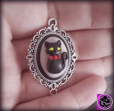 Free Giveaway: Little Cat Cameo - Similar to the one in the photo but with colours of winners choosing! - See Questions HINT on Timeline <3   Enter Here: http://www.giveawaytab.com/mob.php?pageid=259611297493385