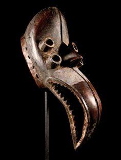 ** Maske der Kran / Elfenbeinküste ** incl. Ständer **