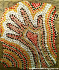 Jeg er helt sikker på, at aboriginal kunst kan fange elevernes opmærksomhed. Det er en meget gammel og traditionsbunden kunstart med flere f...
