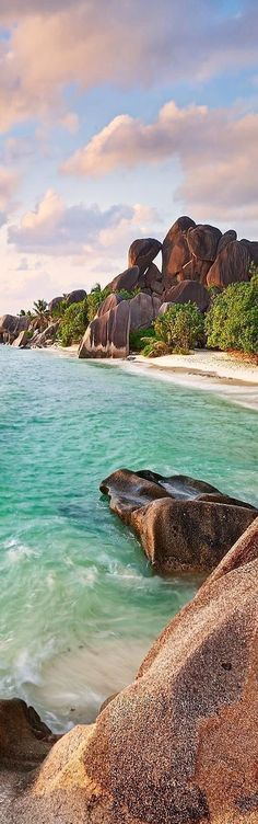 La Digue Beach, Sechelles, Indian Ocean