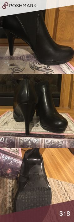 Black ankle booties Very sleek and cute black ankle booties. 3 in heel. Very good condition, no scratches. Mootsies Tootsies Shoes Ankle Boots & Booties