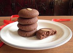 Eggless Nutella cookies. For all those who love Nutella or who - like me - are looking for a recipe to use up the stuff they are not really fond of.