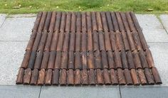Picket - Wooden Pile Flowerbed Fence – Warmly Wood Edging, Tobacco Sticks, Diy Coffee Table, Heat Treating, Flower Beds, Picket Fences, Touch, Money, Country