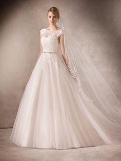 Vestidos de noiva 2017 - corte princesa e decote ilusão