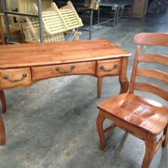 Good Wood Furniture S In Hampton And Fredericksburg Va Stock Only The Highest Quality Amish Bedroom Dining Room