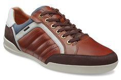 Step into the ECCO Enrico Trend Sneaker.