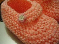 Meus trabalhos: Sapatinho tricô salmão