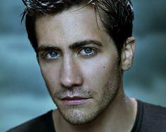 Jake Gyllenhaal, de son vrai nom Jacob Benjamin Gyllenhaal, est un acteur américain, né le 19 décembre 1980 à Los Angeles en Californie (États-Unis).