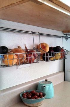 34 Super Epic Small Kitchen Hacks For Your Household homesthetics decor (24)
