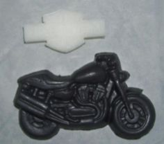 Glycerin motorcycle soap smells like leather!